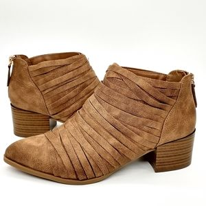 Fergalicious Iggy Ankle Boots Strapping Brown 8